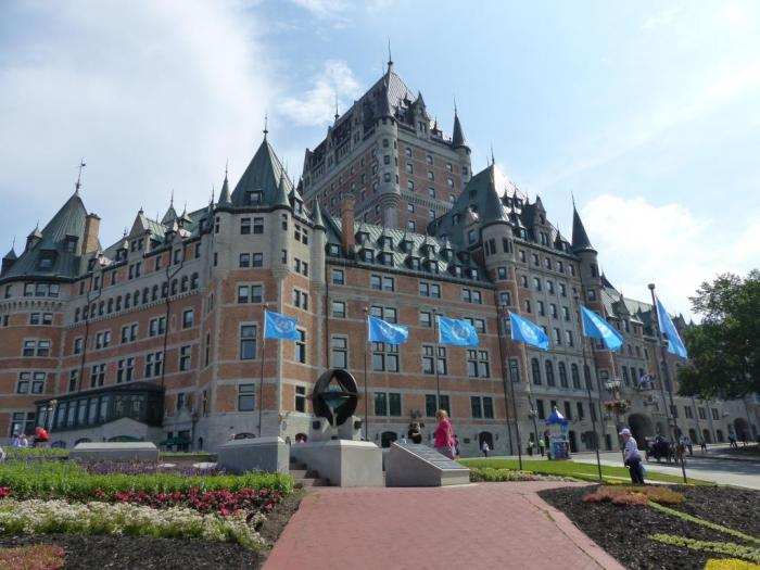 Quebec 12 3